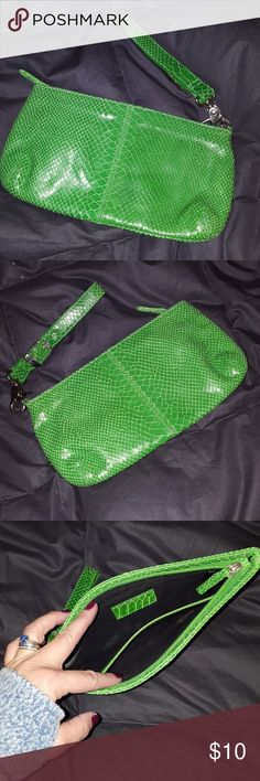 LEATHER ! bright green snake skin bag Two pockets inside,  adjustable wristlet.  Perfect pop of color for any occasion! Great size! Bags Clutches & Wristlets