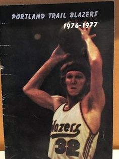 e4cbc08ba Portland Trail Blazers 1976-77 Season Media Guide
