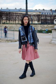 I've said it before & I'll say it again.. that outfit is super cool. #FeiFeiSun #offduty in Paris.