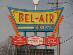 Bel-Air Bowl Vintage Neon Sign - Belleville, IL
