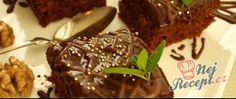 Jablkové řezy s ořechy a čokopolevou Brownies, Food And Drink, Sweets, Beef, Chocolate, Baking, Recipes, Cakes, Kitchen
