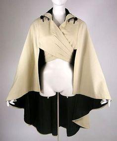 vintage Edwardian cashmere cape 1912 - looks a bit sci-fi, love it! Edwardian Clothing, Historical Clothing, Victorian Dresses, Edwardian Fashion, Historical Costume, Fashion 1920s, Victorian Corset, Edwardian Era, Vintage Outfits