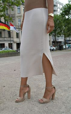 Knit Midi Dress with Side Slit Retail with Nude Block Heel Sandal