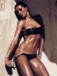 """No, the sun tans with ME"" VS model Gisele Bundchen ...she would make tan lines look sexy."