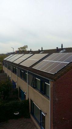 80 Woningen zonnepanelen te Hoogeveen   http://www.harskampdaken.nl/zonnepanelen-op-recapan-elementen/90/4699/