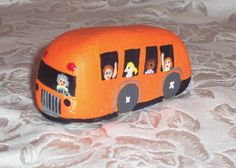 Orange Skool Bus..What a great rock!! - But, I think I'd make mine YELLOW :)