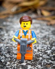 Ugh. Mondays. #lego #legos #legogram #legophotography #toys #toyphotography #legostagram #legography #minifigures #legominifigures #minifig #afol  #legodimensions #dimensions #toys2life #emmet #legomovie #thelegomovie #everythingisawesome #mondayssuck by lipstick_and_bricks