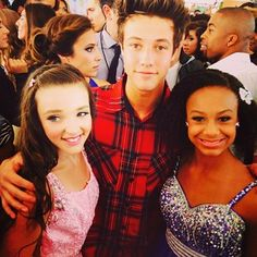 Kendall and Nia met Camron! At the TCAs