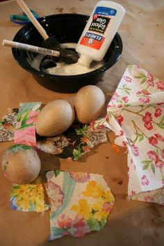 Pink and Green Mama: Kid's Spring Craft: Decoupage Easter Eggs With Paper Napkins. Pin leads back to instructions.