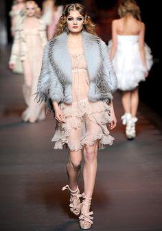 ANDREA JANKE Finest Accessories: Breathtaking - Galliano for Christian Dior