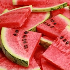 Watermelon fruit baskets for summer parties! #pchtips