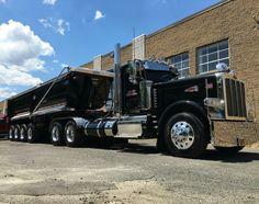 Peterbilt custom 389 with matchin dump Peterbilt Dump Trucks, Peterbilt 359, Mack Trucks, Hot Rod Trucks, Big Rig Trucks, Tow Truck, Semi Truck Parts, Semi Trucks, Custom Big Rigs