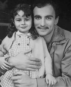 Öztürk Serengil & Zeynep Değirmencioğlu (Ayşecik). Art With Meaning, Movie Black, Famous Faces, My Childhood, Old Photos, Movie Stars, Videos, Dads, Cinema