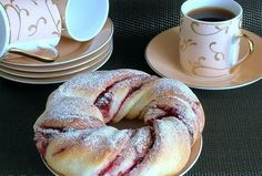 Recepty - Page 16 of 522 - Mňamky-Recepty. Delicious Donuts, Yummy Food, Food Network Recipes, Cooking Recipes, Russian Recipes, Fall Desserts, Sweet Bread, Bread Baking, Cupcake Recipes