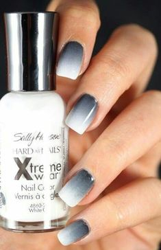 Nails / nagels wow Grey ombre