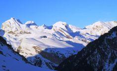 Pirineo Aragones al amanecer