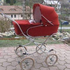 Krátka správa používateľky andrejkam - Modrý koník Pram Charms, Baby Prams, Baby Carriage, Baby Strollers, Children, Barn, Vintage, Cute Baby Boy, Beautiful Gardens