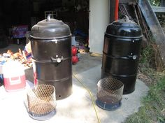 Ugly Drum Smokers found on http://www.bbq-brethren.com/forum/showthread.php?t=80125