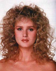 Vintage Hairstyles With Bangs 14 Good 1980 Hairstyles Pics Rock Hairstyles, Vintage Hairstyles, Hairstyles With Bangs, Easy Hairstyles, Hairstyle Hacks, Female Hairstyles, Permed Hairstyles, Curly Bangs, Long Curly Hair