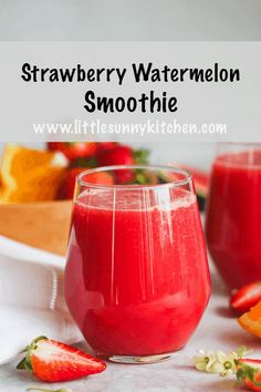 Nothing can be more refreshing than a fresh strawberry watermelon smoothie on a hot summer day! This smoothie is so healthy as it's packed with vitamins and antioxidants. Great for kids and adults. Watermelon Smoothie Recipes, Raspberry Smoothie, Smoothies For Kids, Yummy Smoothies, Juice Smoothie, Easy Smoothie Recipes, Smoothie Drinks, Healthy Recipes, Tropical Smoothie Recipes