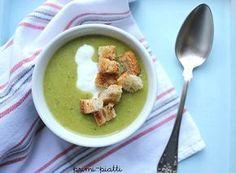Zupa – krem brokułowa Czy lubicie zupy kremy?? Propozycja na dziś : zielona zupa krem. Zielona dzięki brokułowi. Bardzo smaczna, a dodany czosnek sprawia, że zupa staje się wyrazista w smaku.   Zupa – krem z brokułów: – 1 średniej wielkości brokuł – 2 ziemniaki – 2 średniej wielkości marchewki – kawałek pora ( … Guacamole, Pudding, Cooking, Breakfast, Healthy, Ethnic Recipes, Desserts, Fit, Soups