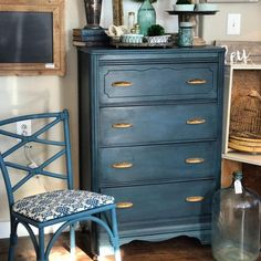 Aubusson Blue Chalk Paint with Dark Chalk Paint®️️ Wax on Dresser complements the gold hardware beautifully | Project by Annie Sloan Stockist The Vintage Home in Missoula, Montana