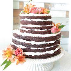DIY Wedding cake ideas for the budget conscious bride.