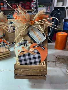 Dollar Tree Decor, Dollar Tree Fall, Dollar Tree Crafts, Fall Wood Crafts, Autumn Crafts, Holiday Crafts, Dollar Tree Halloween, Fall Halloween, Halloween Crafts