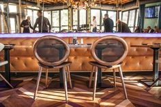 Jonathan 004.25, Side chair with back in mesh and seat upholstered in leather. Oval structure in solid oak or walnut, linked with a die-cast aluminum joint in black, white or satin aluminum. Voulez-Vouz Bar & Restaurant, Belgrade, Serbia. Hospitality, Interior, Design.
