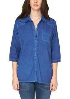 Cambric-Bluse Leichte Baumwoll-Bluse mit Steppnähten an den Schultern. Angesagter Cold Pigment Dye-Wascheffekt. Eine Brusttasche. 3/4-Ärmel mit Knopf. Alle Knöpfe aus echtem Perlmutt. Lockere Passform; Rückenlänge bei Größe 42 ca. 80 cm. Super leichte Baumwoll-Qualität in Cambric-Verarbeitung. Mit den Steppnähten und der Used-Waschung erhält die Bluse einen leicht rockigen Touch..  Materialzusa...