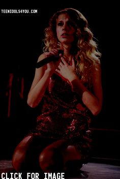 Taylor Swift in Fearless Tour