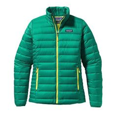 The Women's Down Sweater Jacket is a Patagonia classic for warmth when you want it. Insulated with ethically sourced Traceable Down. Patagonia Down Sweater Jacket, Patagonia Outdoor, Jackets For Women, Sweaters For Women, Outdoor Outfit, Jackets Online, Chic Outfits, Autumn Winter Fashion, Sportswear
