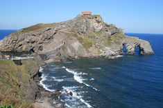 Ideas for a road trip in Northern Spain. 12 top highlights.