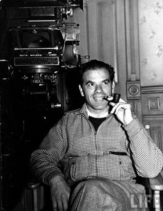 Frank Capra - more info: https://en.wikipedia.org/wiki/Frank_Capra