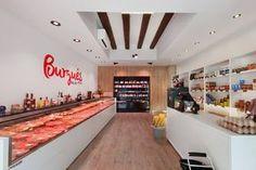 Proyecto de interiorismo y reforma en la carnicería Burgués Butchers Market, Butcher Store, Carnicerias Ideas, Seafood Store, Protein Shop, Meat Store, Meat Markets, Food Branding, Restaurant Design