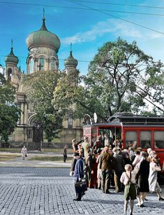 1940-43 Poland History, Beautiful Buildings, Warsaw, Historical Photos, Bella, Taj Mahal, Street View, Black And White, City