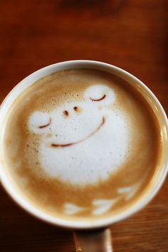 frog coffee latte art