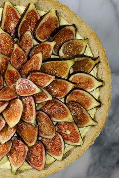 Fresh Fig Tart with Mascarpone and Marsala Filling