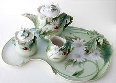 Franz Porcelain Lady Bug Tea Set @Liz Mester Mester Mester Mester Mester Jurmanovich  I need this!!!