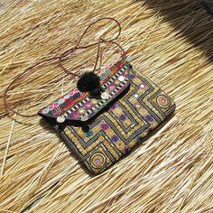 Cluths Indian Vintage Clutch Multicolor Bag Ethnic Handbag Embroidered Purse Bag #Handmade #Vintage