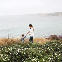 Mary Lauren, author of Headed Somewhere, a wife to a man usually found in flannel & a mama to the two sweetest guys.Travel With Kids Family Goals, Family Love, Photo Instagram, Mother And Child, Travel With Kids, Mommy And Me, Family Photography, Spring Photography, Photography Ideas