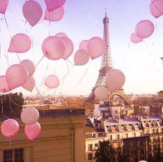 Pink Balloons floating through Paris skies Pink Paris, Rosa Pink, City Wallpaper, Floating, Pink Balloons, Cat Noir, Paris Photography, Everything Pink, France Travel