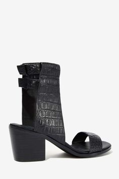 Finders Keepers Cuffed Leather Sandal