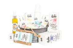Ce généreux coffret cadeau rassemble tous les produits pour enfants de la gamme LOLO confectionnés au Québec à partir d'ingrédients naturels.