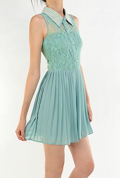 Magical Evening Sleevless Lace Inset Pearl Collar Dress in Sage