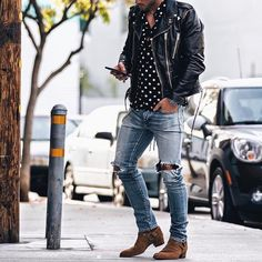 men's jeans with elastic waist Urban Fashion, Look Fashion, Fashion Outfits, Stylish Men, Men Casual, Rock Star Outfit, Chelsea Boots Outfit, Estilo Rock, Leather Jacket Outfits