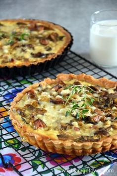 Cooking is the best thing in my life B Food, Good Food, Food Porn, Yummy Food, Quiche, Keto Dessert Easy, Dessert Recipes, Cooking Roast Beef, Polish Recipes