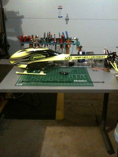 Goblin 500 Build Helicopter Kit, Rc Radio, Radio Control, Helicopters, Goblin, Poker Table, Scale Models, Diorama, Miniatures