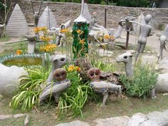 The Camalyard behind the Owl House in Nieu-Bethesda These cement statues were… Cement Statues, Africa Destinations, Perfect Beard, Cold Brew Coffee Maker, Art Brut, Travel Set, Owl House, Nature Reserve, Hair And Beard Styles