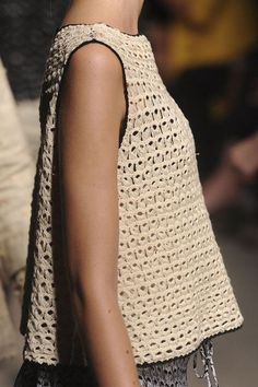 broomstick lace crochet - blueberrymodern: Rachel Comey at New York Fashion Week Spring 2012 Broomstick Lace Crochet, Débardeurs Au Crochet, Mode Crochet, Crochet Woman, Crochet Blouse, Crochet Pattern, Knitting Patterns, Rachel Comey, Knit Fashion